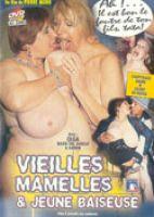 Vieilles mamelles & novice baiseuse